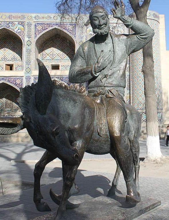 Nasr Eddin Hodja statue in Bukhara Liab -i-Haouz complex